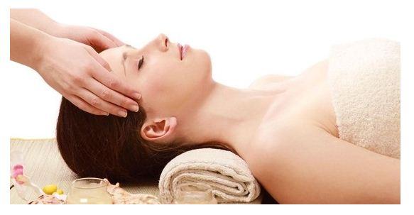 Sử dụng tinh dầu hạt nho chống các tác nhân có hại cho da